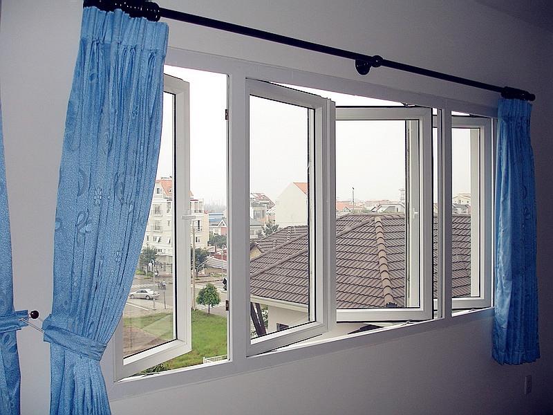 Thiết kế cửa sổ rộng
