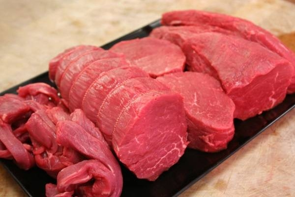 Thịt bò nguồn cung cấp chất sắt tự nhiên và an toàn nhất.