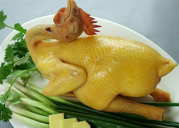 Thịt gà kiêng trộn với bắp cải, hành sống