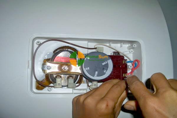 Dịch vụ sửa chửa tại Điện lạnh Thiện Ứng  ( Ảnh minh họa, nguồn: Internet )
