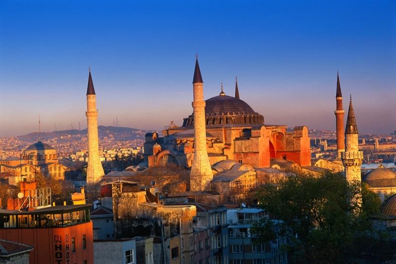 Giá vé máy bay ở Thổ Nhĩ kỳ là 15,77 USD/100 km