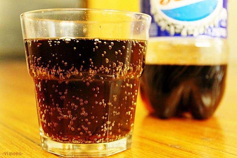 Uống nước ngọt hay chất kích thích