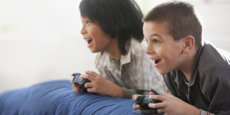 Học và chơi đúng lúc. (Nguồn internet)