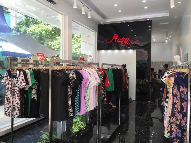 Một số sản phẩm được trưng bày tại Rosy Belle Vinh