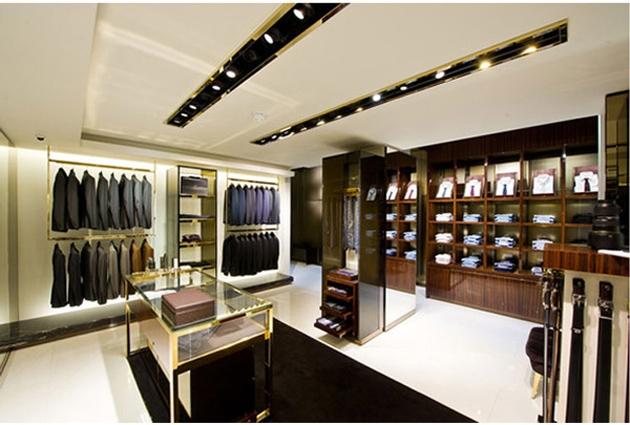 Showroom Thời trang Nam 4MEN tại Vinh