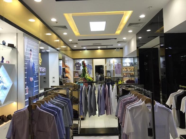 Các sản phẩm được trưng bày tại MERRIMAN Store Vinh