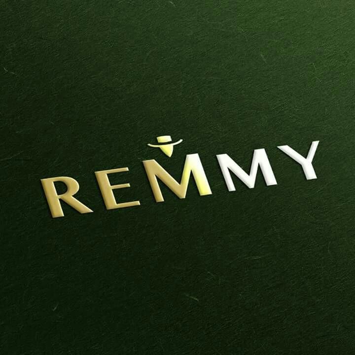 Thời trang Remmy có thiết kế lịch lãm, sang trọng.