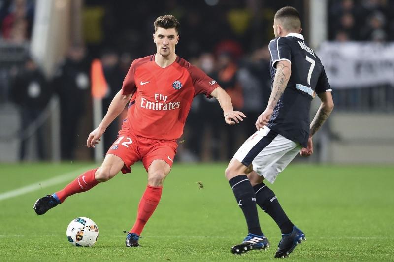 Thomas Meunier đang đá cho PSG