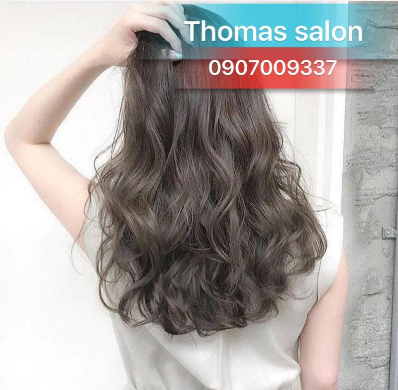 Đến với Thomas Salons mái tóc hư tổn hay mẫu tóc đã cũ sẽ Thomas Salons sẽ có những chuyên gia giúp bạn giải quyết vấn đề