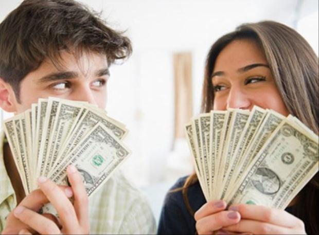 Cần có sự thống nhất về cách nắm giữ tiền và chi tiêu
