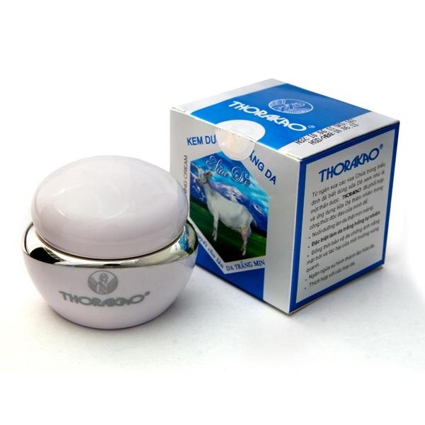 Kem dưỡng trắng da sữa dê Thorakao đã phối hợp và ứng dụng sữa dê thiên nhiên trong công thức độc đáo