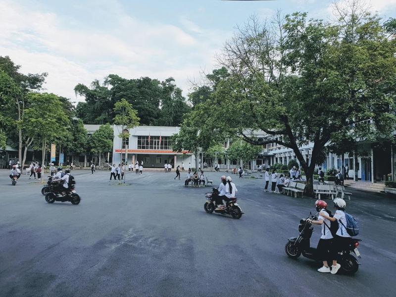 THPT Chuyên, Tuyên Quang