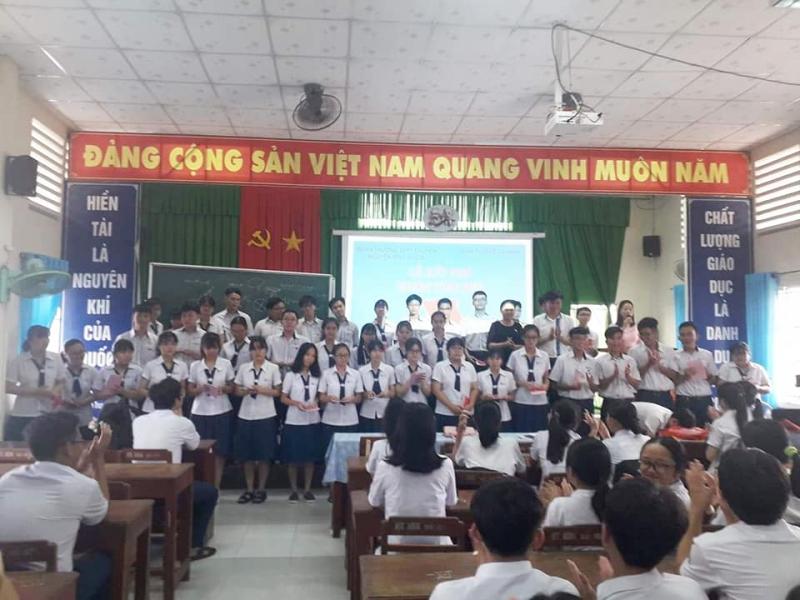 THPT Chuyên Nguyễn Bỉnh Khiêm
