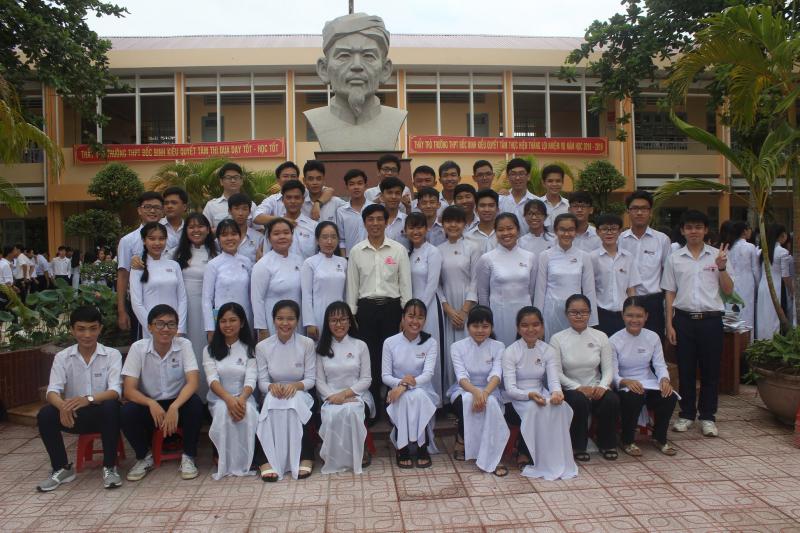 Trải qua 62 năm tuổi chất lượng dạy và học của THPT Đốc Binh Kiều luôn không ngừng được nâng cao
