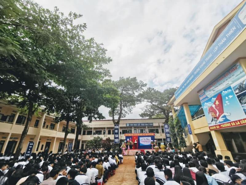 THPT Phan Bội Châu