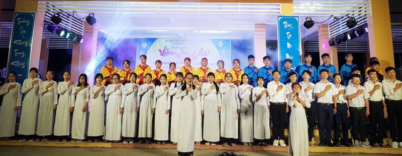 Trong nhiều năm liền Trường THPT Tân Hiệp có tỉ lệ học sinh tốt nghiệp THPT Quốc gia đạt 100%