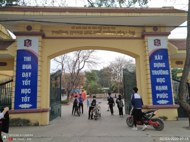 Trường THPT Văn Lâm