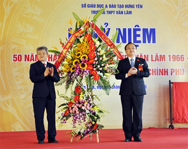 Trường THPT Văn Lâm  Kỉ niệm 50 năm thành lập