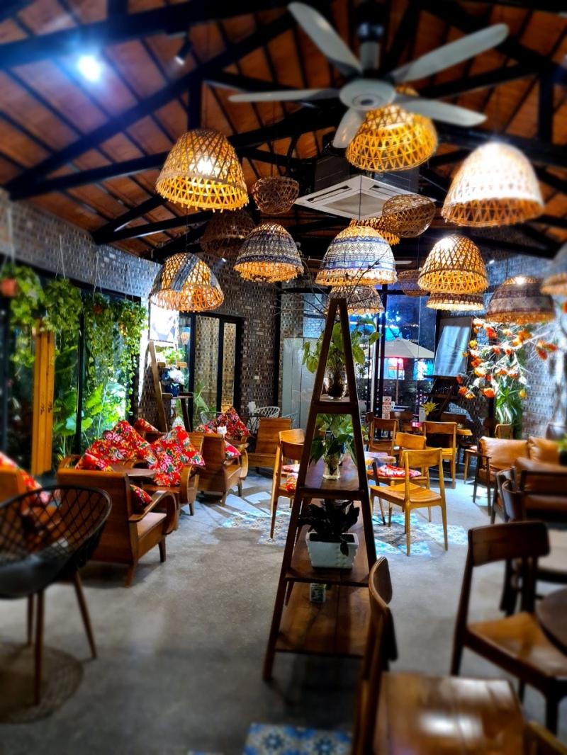 Thư Cafe