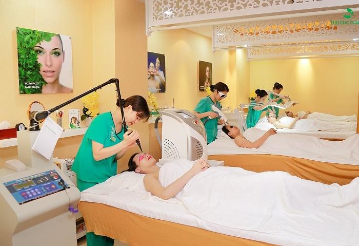 Các tín đồ làm đẹp miền trung trải nghiệm những dịch vụ chăm sóc và điều trị da cao cấp tại Thu Cúc Clinic Đà Nẵng