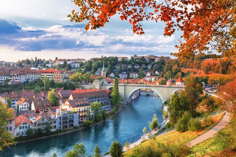 Thành Phố Bern yên bình và cổ kính