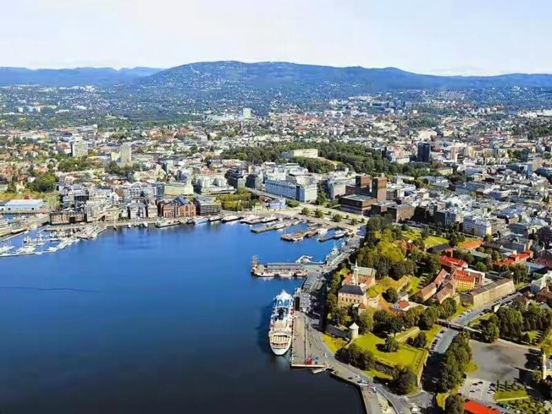 Top 10 Địa điểm nổi tiếng thu hút khách du lịch nhất ở Na Uy