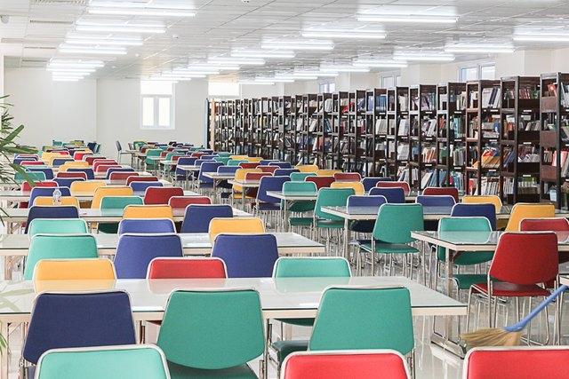 Thư viện sắc màu Đại học HUTECH
