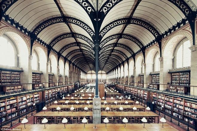 Thư viện Sainte - Geneviève của Pháp.