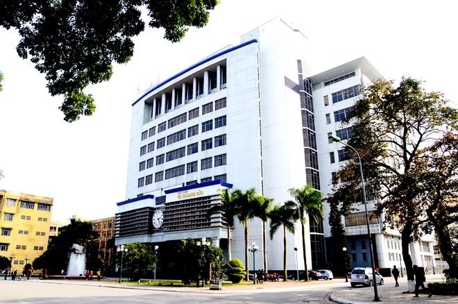 Thư viện Tạ Quang Bửu nhìn từ bên ngoài