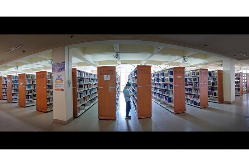 Kho sách thư viện Trung tâm - Đại học Quốc gia TP. Hồ Chí Minh