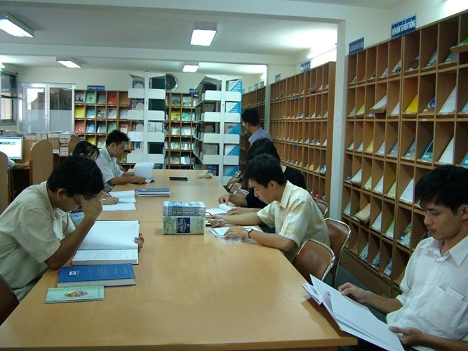 Thư viện Trường Đại Học Sư Phạm Kỹ Thuật TP. Hồ Chí Minh.