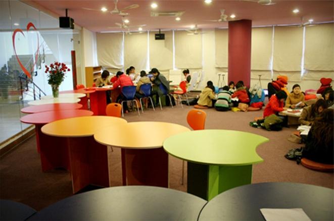 Thư  viện trường Đại Học Thăng Long