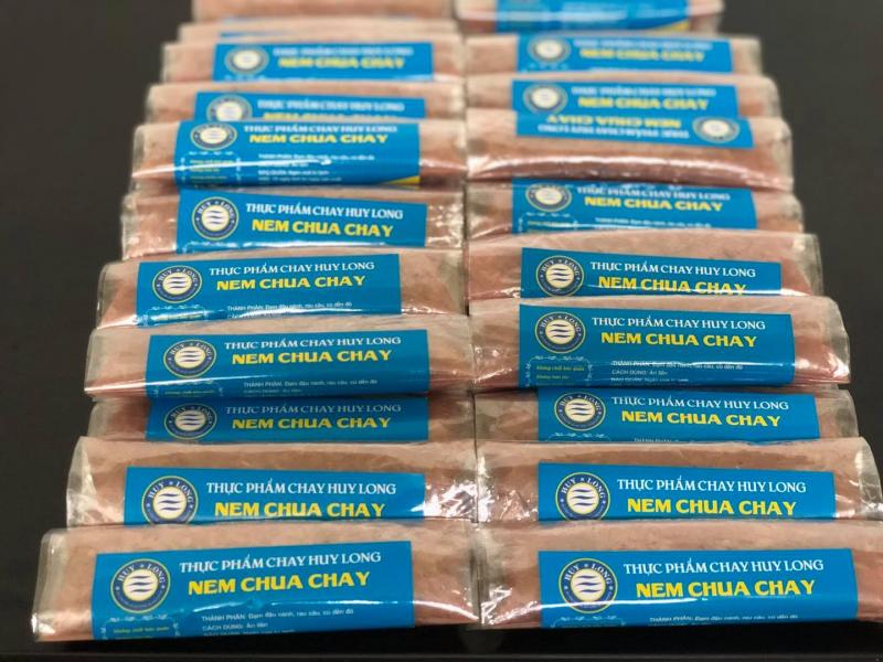 Nem chua chay Huy Long