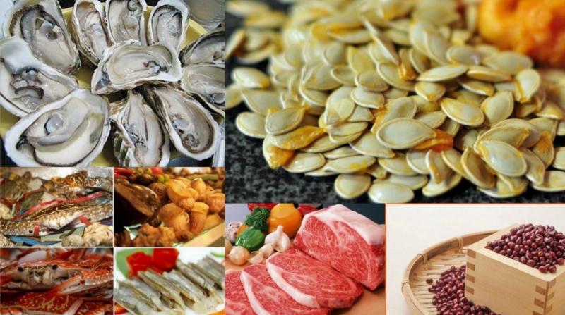 Thực phẩm chứa kẽm như trứng, sò biển, tôm, cá,...