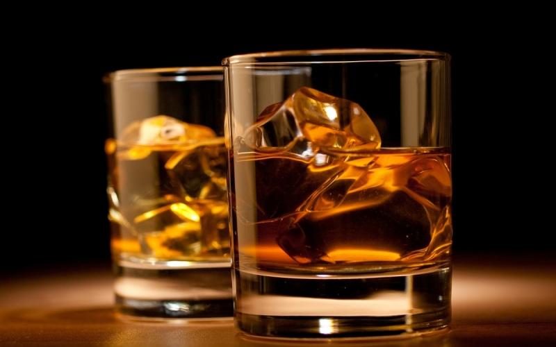 Rượu tăng nguy cơ bị huyết áp cao