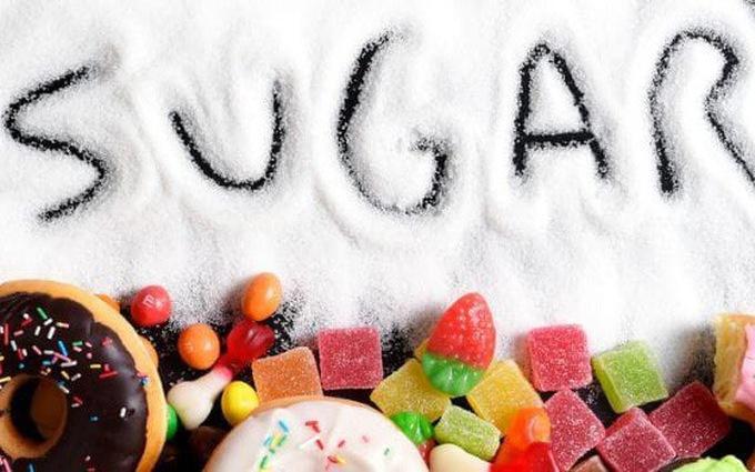 Người bệnh gout không nên ăn thực phẩm chứa nhiều đường