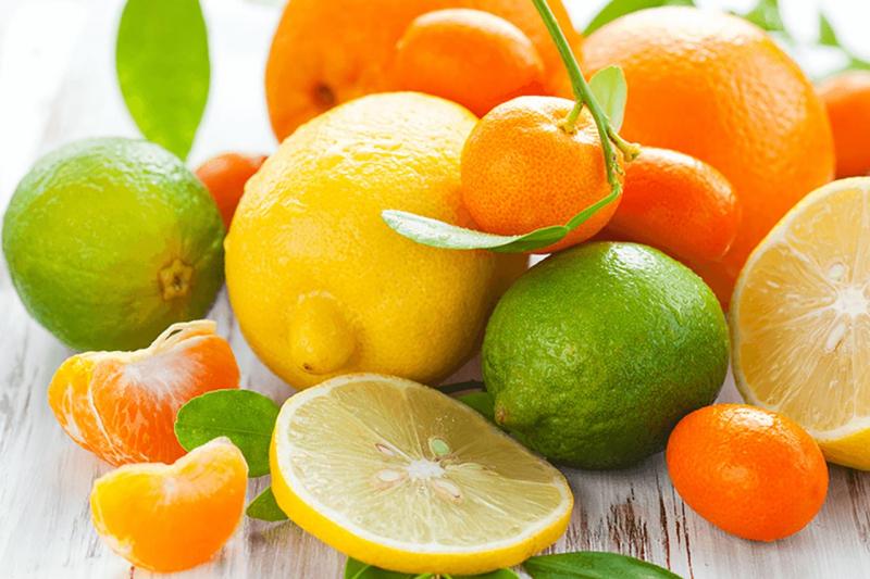 Nếu bạn ăn một số loại quả trước khi đi ngủ, cố gắng ăn một khẩu phần rất nhỏ.
