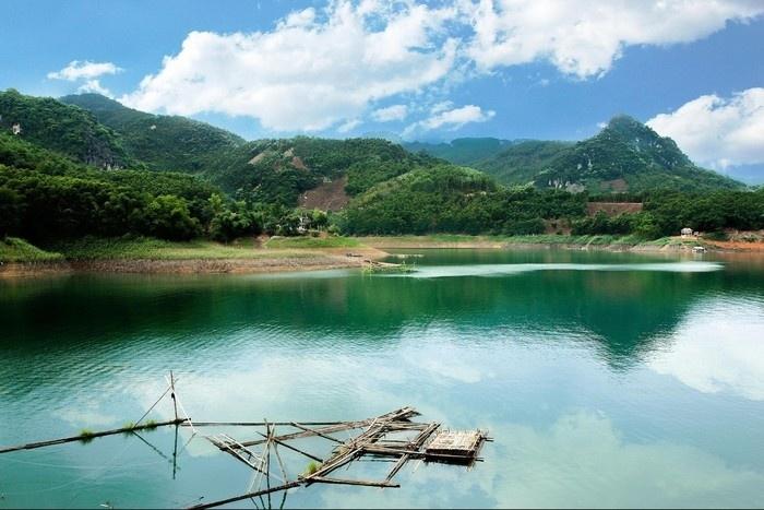 Phong cảnh Thung Nai