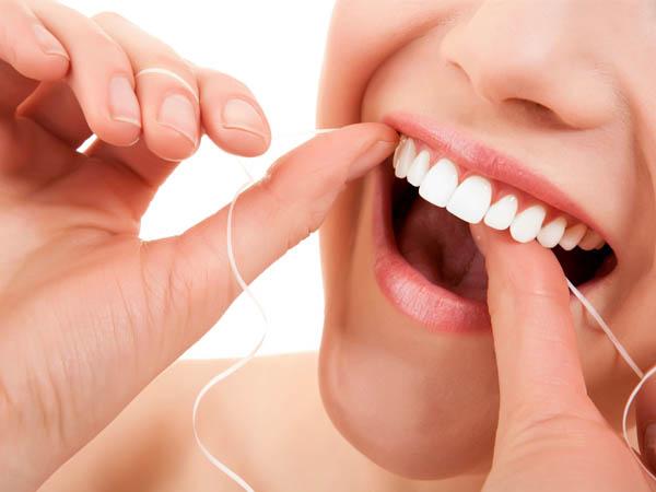 Top 10 thương hiệu chỉ nha khoa làm sạch răng hiệu quả, an toàn nhất hiện nay