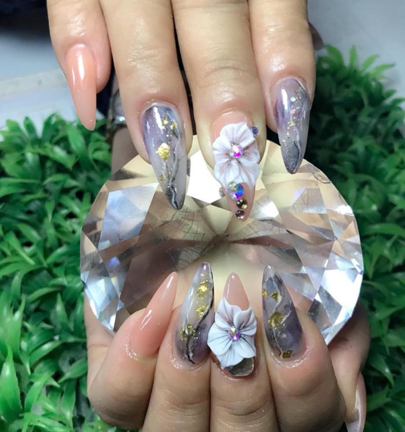 Thuong Nails