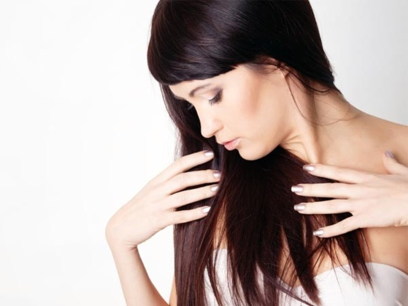Thường xuyên dùng sản phẩm chăm sóc tóc, nước hoa