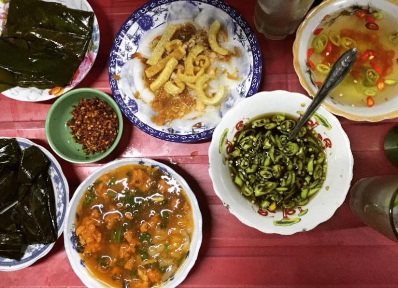 Thúy - Bánh Canh Nam Phổ
