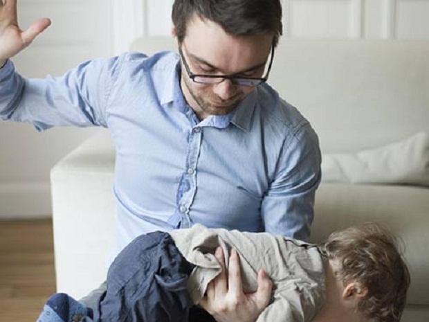 Ở Thụy Điển bố mẹ không được phép đánh vào mông con