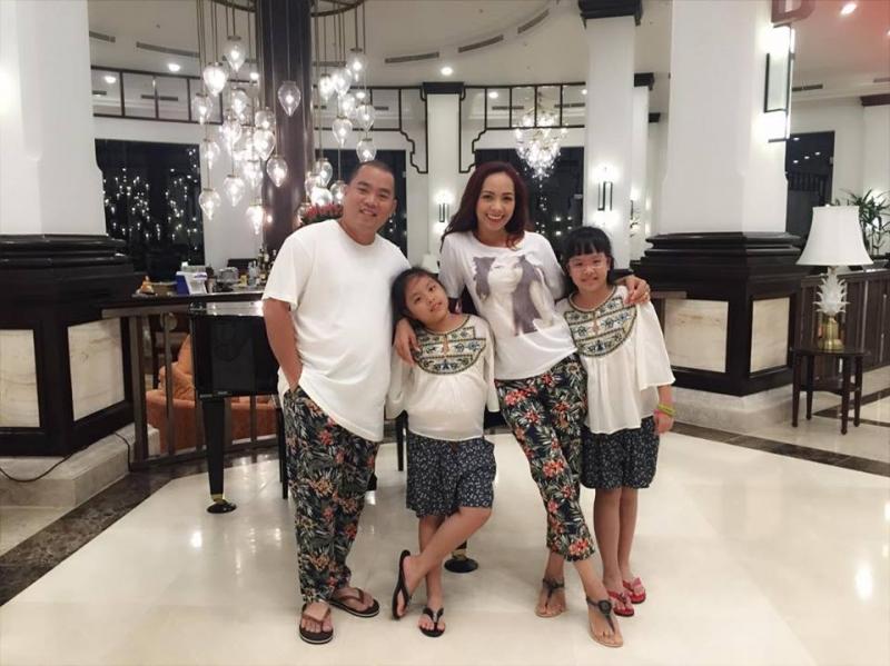 Gia đình Minh Khang- Thuý Hạnh