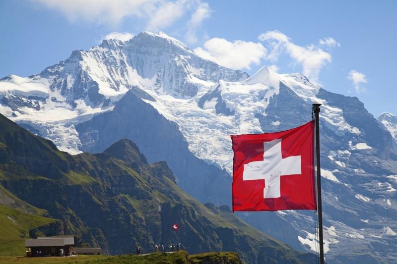 Dù có tỉ lệ người sở hữu súng khá cao nhưng Thụy Sĩ vẫn có tỉ lệ tội phạm lọt top thấp nhất thế giới.
