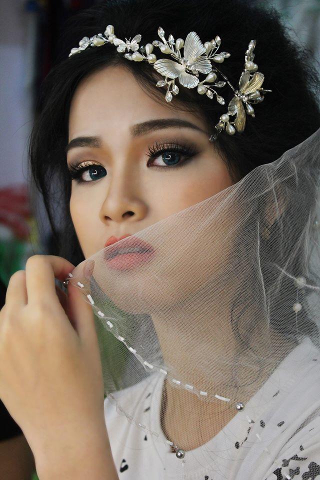 Với phương châm phục vụ: Thân thiện- nhiệt tình- chu đáo và Chất lượng là ưu tiên hàng đầu, Thùy Trâm Wedding cam kết mang lại những giá trị tốt đẹp nhất cho khách hàng