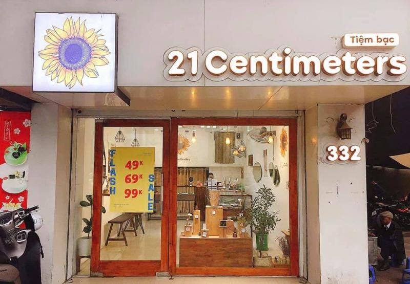 Tiệm bạc 21 Centimeters