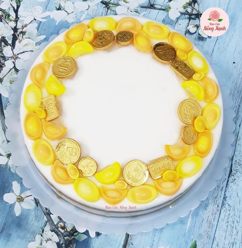 Mẫu bánh thỏi vàng tuy đơn giản nhưng không kém phần sang trọng, tinh tế của tiệm