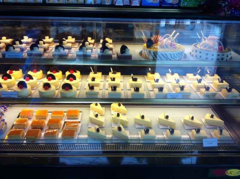 Tiệm bánh Toàn Lộc