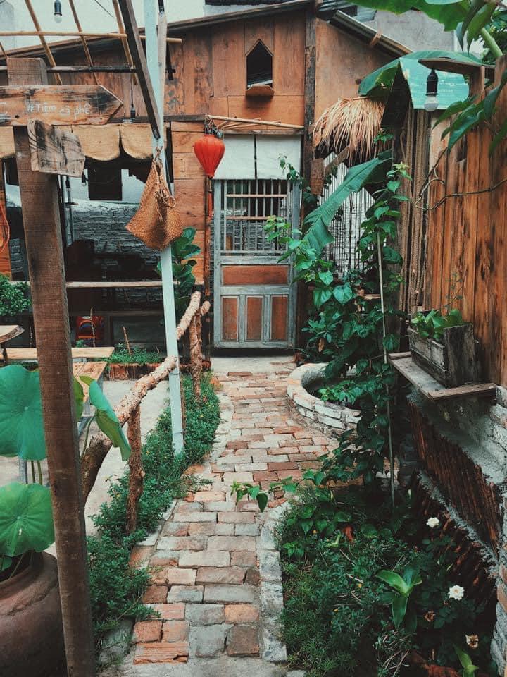 Tiệm Cà Phê